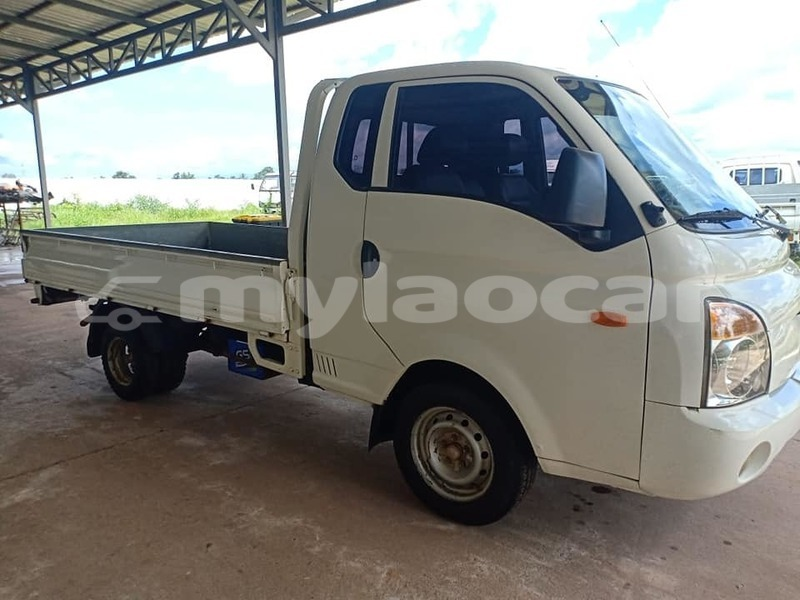 Big with watermark hyundai pony attapeu province attapeu 3511