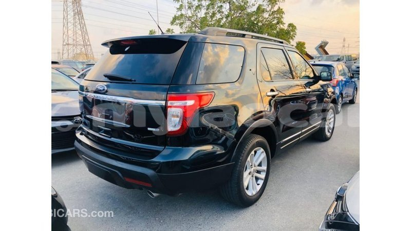 Big with watermark ford explorer attapeu province import dubai 4124